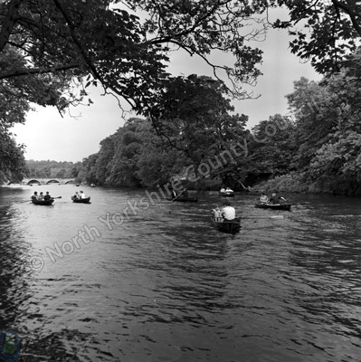 Boating, River Wharfe, Otley